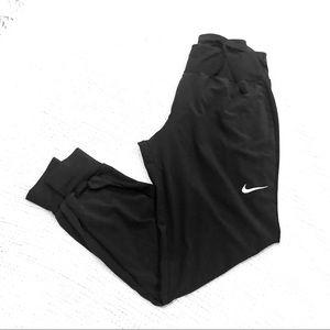 Nike Dri-Fit Joggers. S